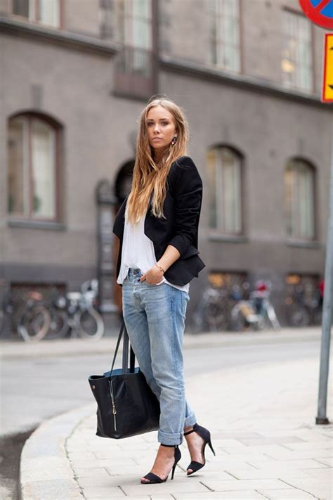 How To Wear: Oversized T-Shirts (37 Outfit Ideas) 2021