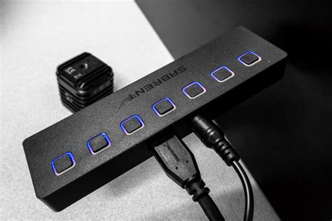 Sabrent 7 USB Port Hub Gives You Total Control Over Your