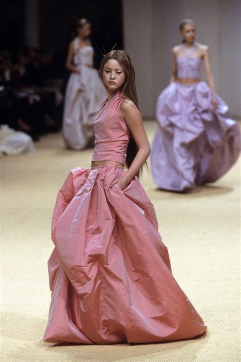 Chanel Spring 1999 Couture Collection | Vogue