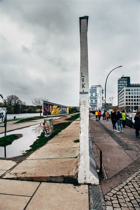 East Side Gallery // A Beginner's Guide to the Berlin Wall