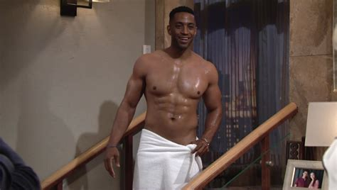Alexis_Superfan's Shirtless Male Celebs: Brooks Darnell