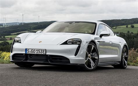 2019 Porsche Taycan Turbo S - Wallpapers and HD Images
