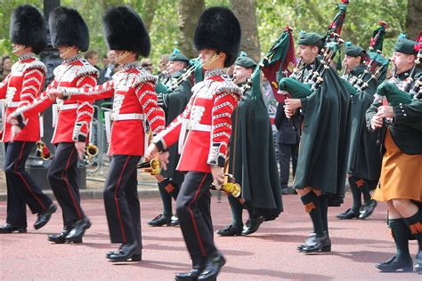 Irish in the British Armed Forces - Wikipedia