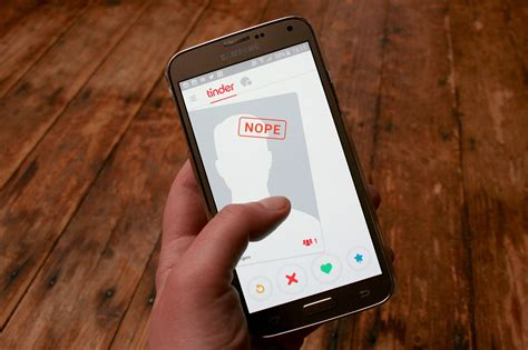 Tinder to Get 'Height Verification' Feature Soon