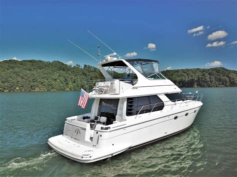1999 Carver 450 Voyager Pilothouse Power Boat For Sale
